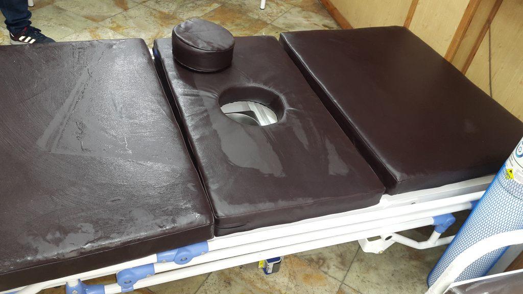 تخت بیمارستانی لگن دار