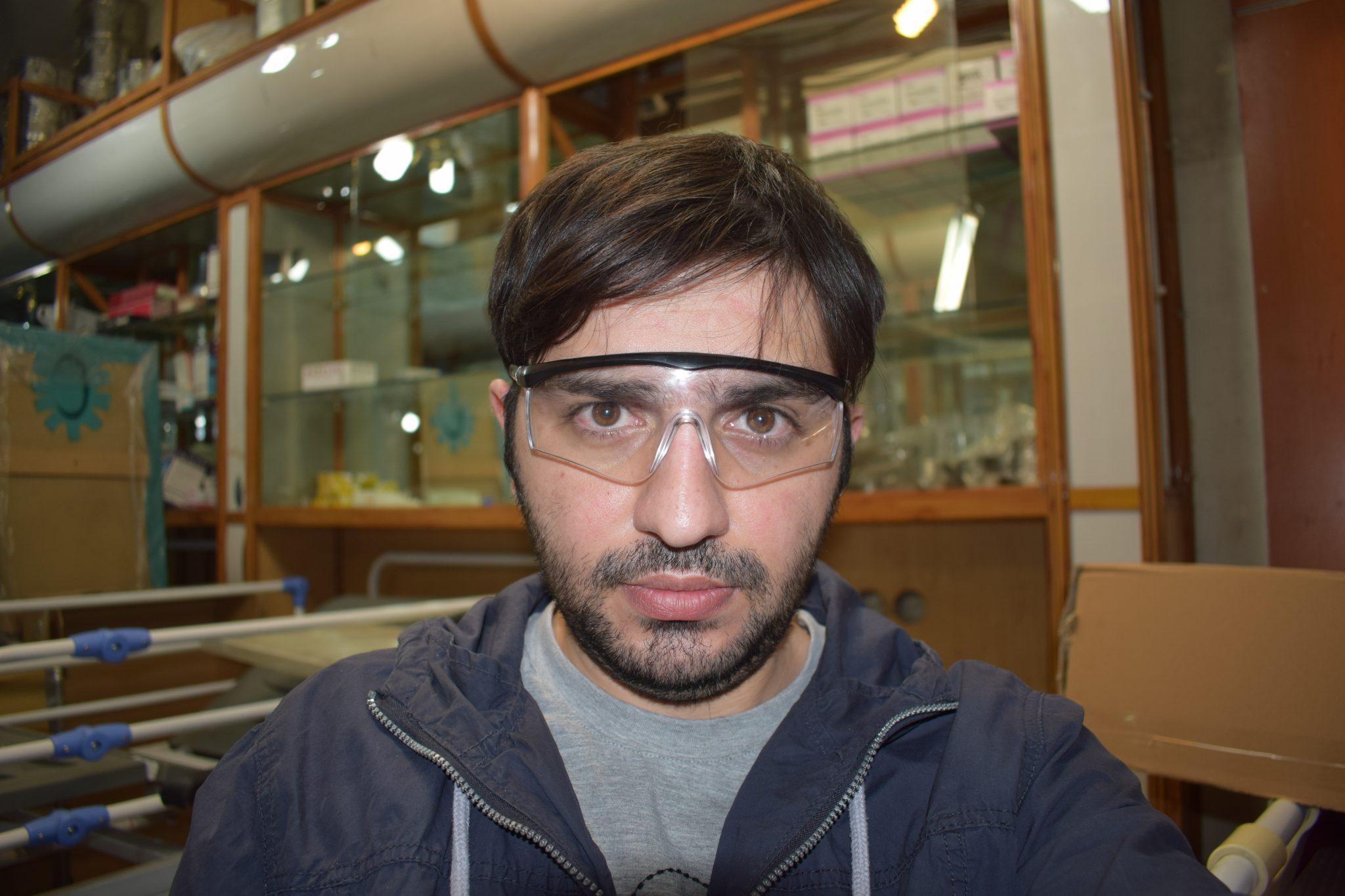 عینک محافظ چشم پزشکی