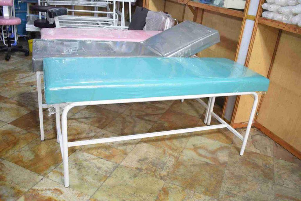 تخت معاینه پایه ثابت زیر فلز